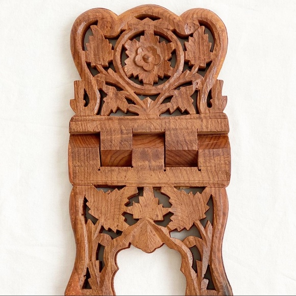 Beautiful hand carved book holder! Made in India!